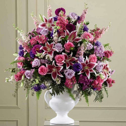 8 Classy Styles of Flower Arrangements for Various Occasions