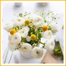 Most Beautiful and Trending Wedding Flower Bouquets available in Chicago