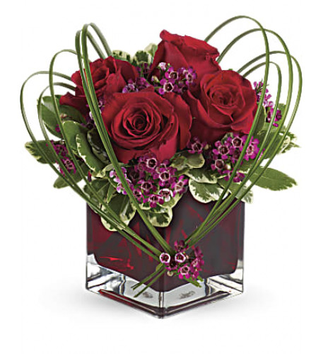 Sweet Thoughts Bouquet With Red Roses (Standard)