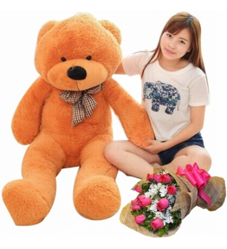 05-giant-bear-with-flower
