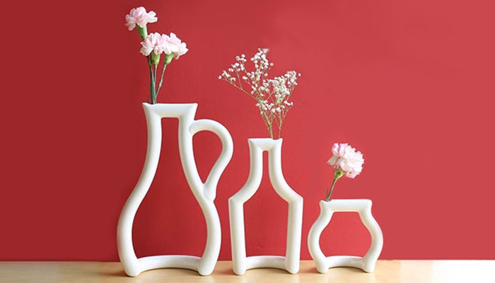 Decorative Vases and Show Pieces