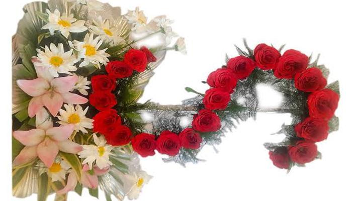 S shaped Flower Arrangement