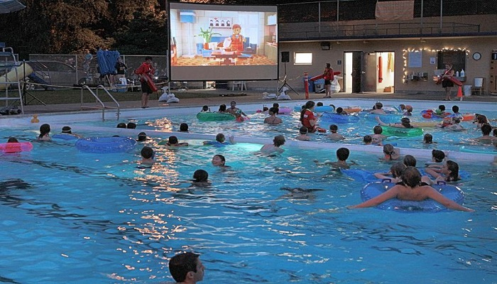 Dive-in Movie Party