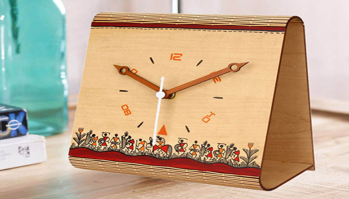 handcrafted personalized clock